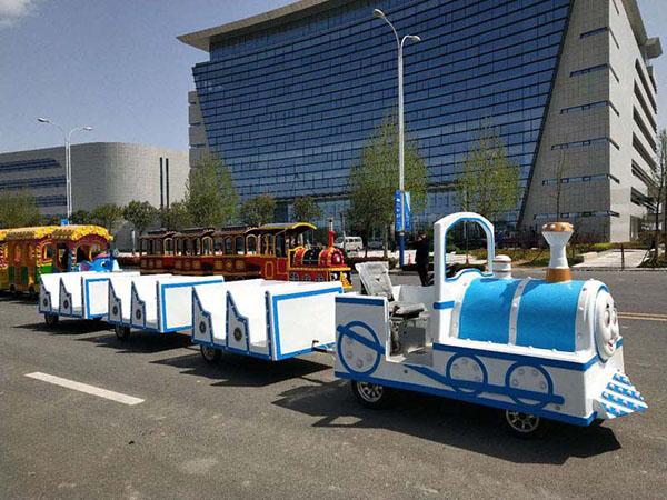 无轨观光小火车满足发展低碳绿色旅游概念